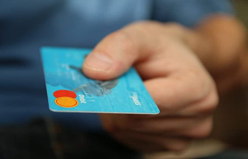 Use Credit cards instead of cash during covid-19